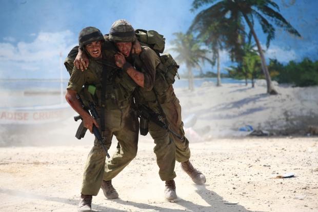 """מסע אל הפסיכוזה הישראלית. """"פרדייס קרוז"""""""