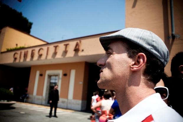 צ'ינה צ'יטה. עיר הקולנוע. פעם מקדש האמנות ה-7. היום ערש התרבות החדשה, הריאליטי. מתוך הסרט האיטלקי החדש.
