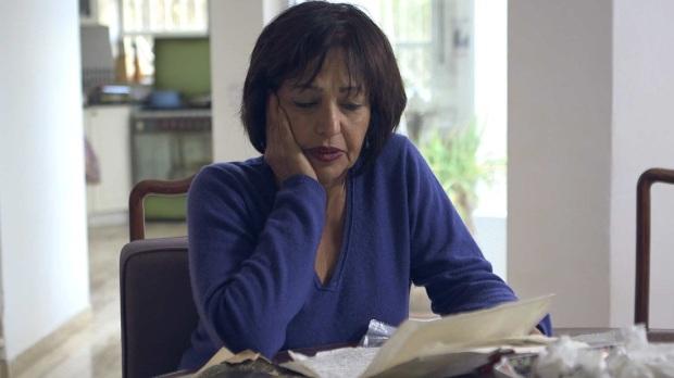 לינדה מנוחין עבדול עזיז. סרט מסע בסלון.