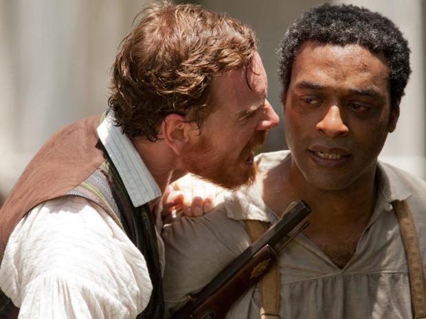"""האדון הלבן והעבד השחור. מתוך """"12 שנות עבדות"""""""