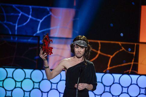 אנה אודל זוכה בפרס התסריט, ולא מדמיינצ אפילו שבעוד חצי שעה היא גם תזכה בפרס הסרט. הערב בשבדיה.