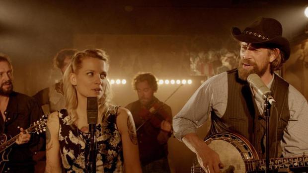 שני שחקנים טובים והרבה מוסיקה יפה. סרט ככה ככה.