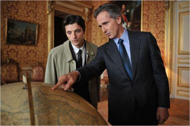 """אני הלכתי לאיבוד בסרט הזה. השר (מימין) וכותב הנאומים שלו ב""""קיי ד'אורסיי"""""""