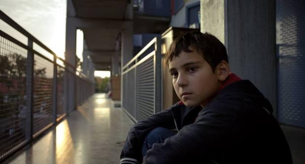 """הילד שלא שמע על גבינה (צ'יז). לעולם הוא לא מחייך. גיבור הסרט """"מאקונדו""""."""