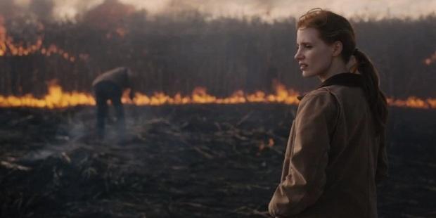 """ג'סיקה צ'סטיין על האדמה הגוועת. """"בין כוכבים"""""""
